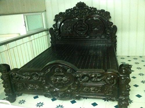 Địa chỉ mua giường gỗ mun đẹp tại Hà Nội