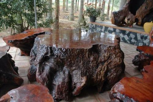 Đồ gỗ lũa và ý nghĩa tâm linh người chơi phong thủy nên biết