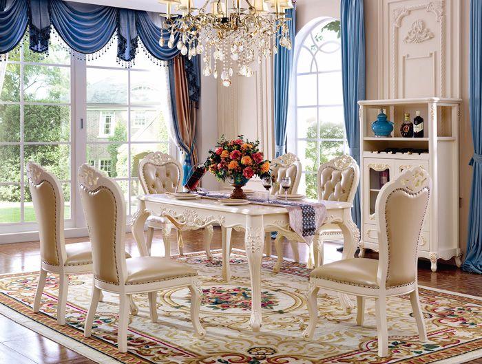 Bộ bàn ghếănmặt đá cao cấp với khung bàn và ghế được sản xuất bằng gỗ tự nhiên