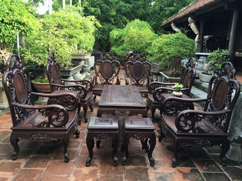 Bộ bàn ghế gỗ Trắc trang trí phòng khách thêm đẳng cấp