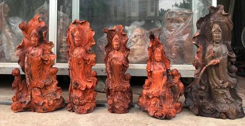 Top những mâu tượng Quan Thế Âm Bồ Tát gỗ Trắc